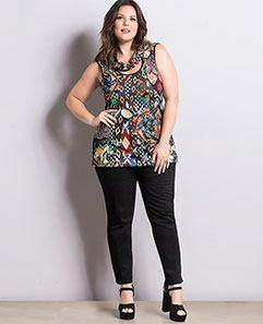 Blusa Gola Degagê e Calça Skinny Preta Plus Size