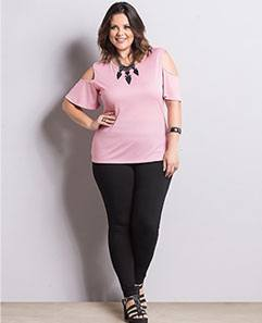 Blusa Rosê e Legging Preta Plus Size