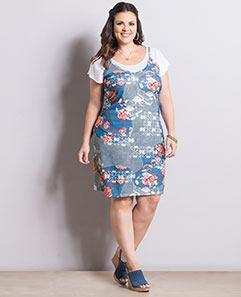 Vestido de Alças Plus Size