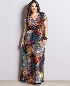 Vestido Longo Mix de Estampas Plus Size