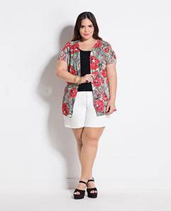 Kimono Maxi Floral e Short Amplo Branco Plus Size