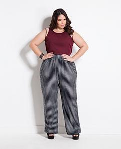 Regata Bordô com Tule e Calça Pantalona Listrada Plus Size