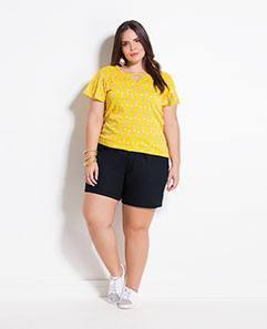 T-shirt Cactos e Short Preto de Alfaiataria Plus Size
