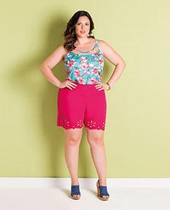 Blusa de Alça Floral e Short Pink Plus Size