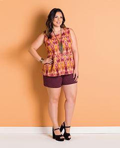 Blusa Estampada e Short Roxo em Moletinho Plus Size