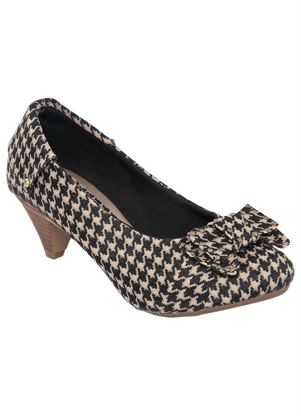 878429a9c2 Sapato Feminino com Laço e Tachinha Preto e Bege - Quintess