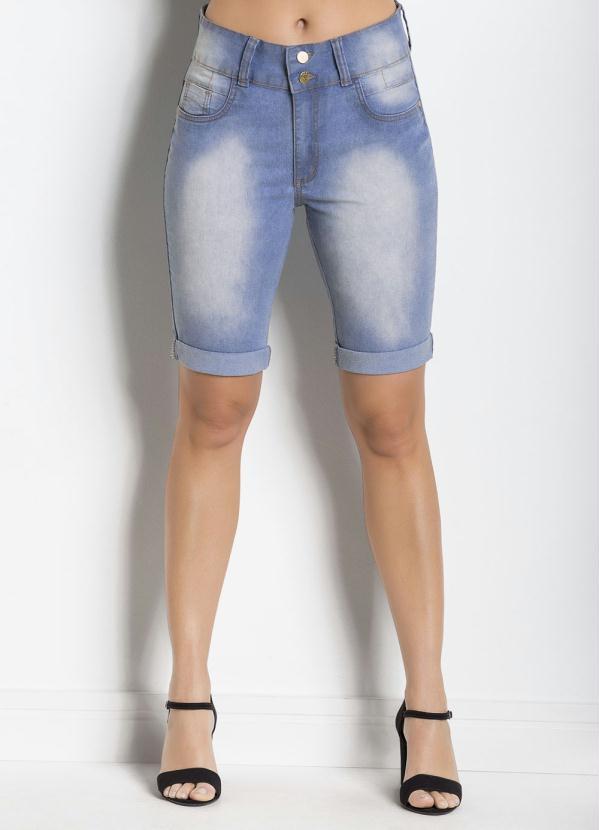 4e037be58 Janine - Bermuda Jeans Azul Claro com Barra Dobrada - Multimarcas