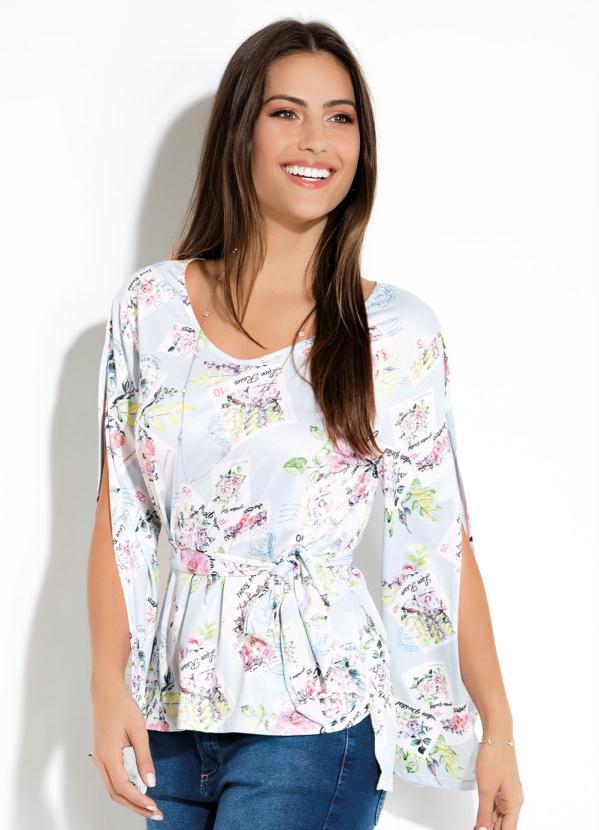 f6c17aa03 Quintess - Blusa Estampa Selos de Flores Azul com Faixa - Quintess