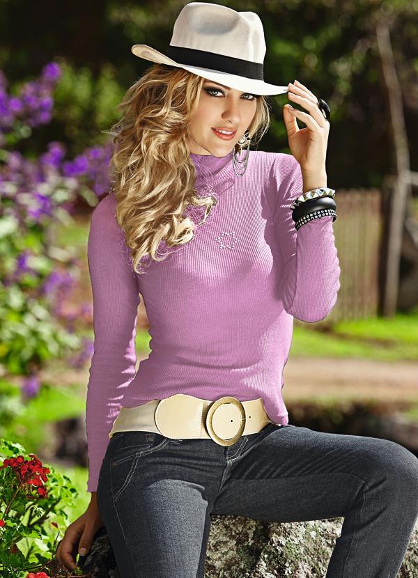Queima de Estoque - Blusa Lilás Gola Alta com Strass - Queima de Estoque a5053fa905b33