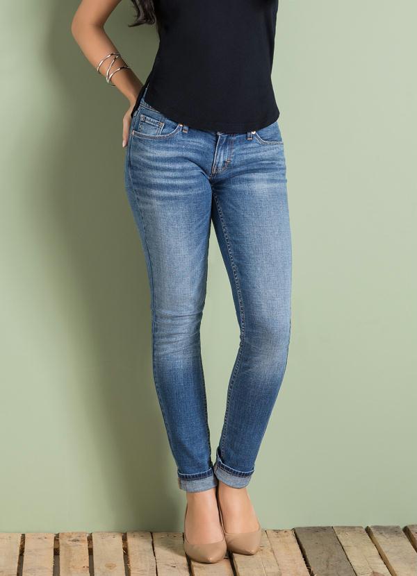 Calça Jeans Levis 524 Fade Into Blue - Multimarcas 8d149aa9c23