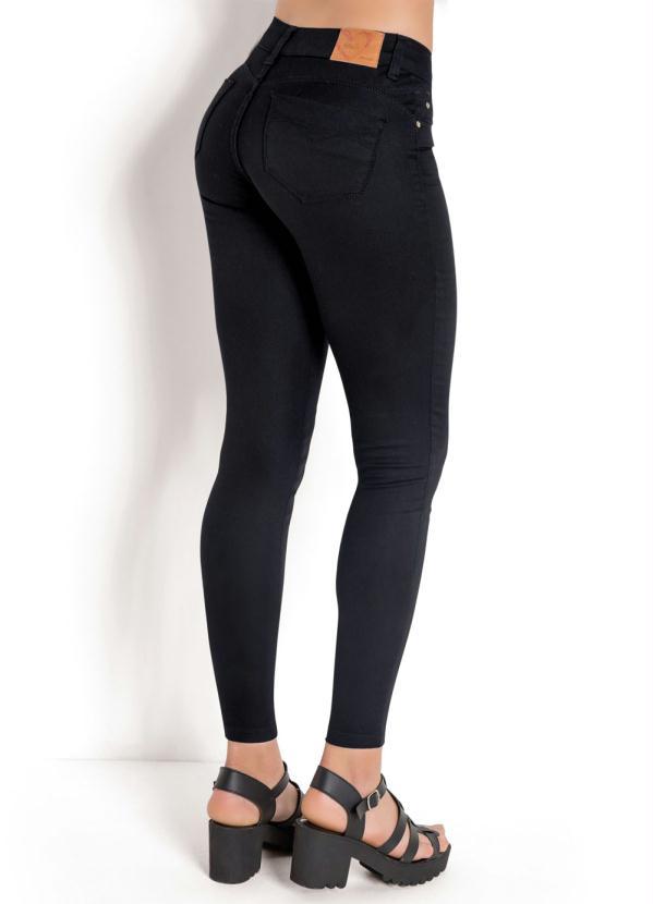 844cf3ca3 Sawary jeans - Calça Cigarrete em Sarja Preta Sawary - Sawary Jeans