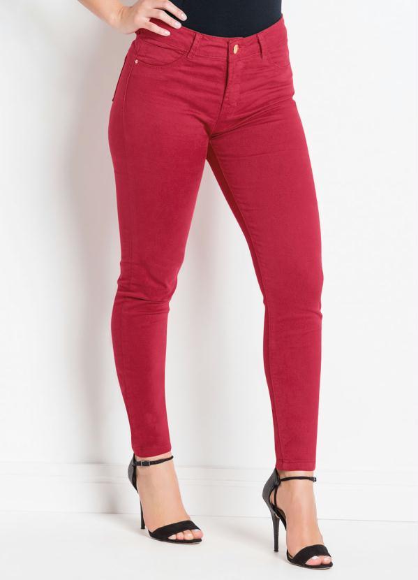 5ece004d90 Sawary jeans - Calça em Sarja Sawary Modelo Cigarrete Vermelha - Sawary  Jeans