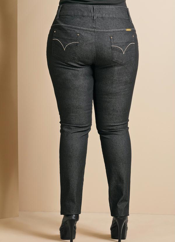 e379d9d647 Quintess - Calça Jeans Feminina Plus Size Preta - Quintess