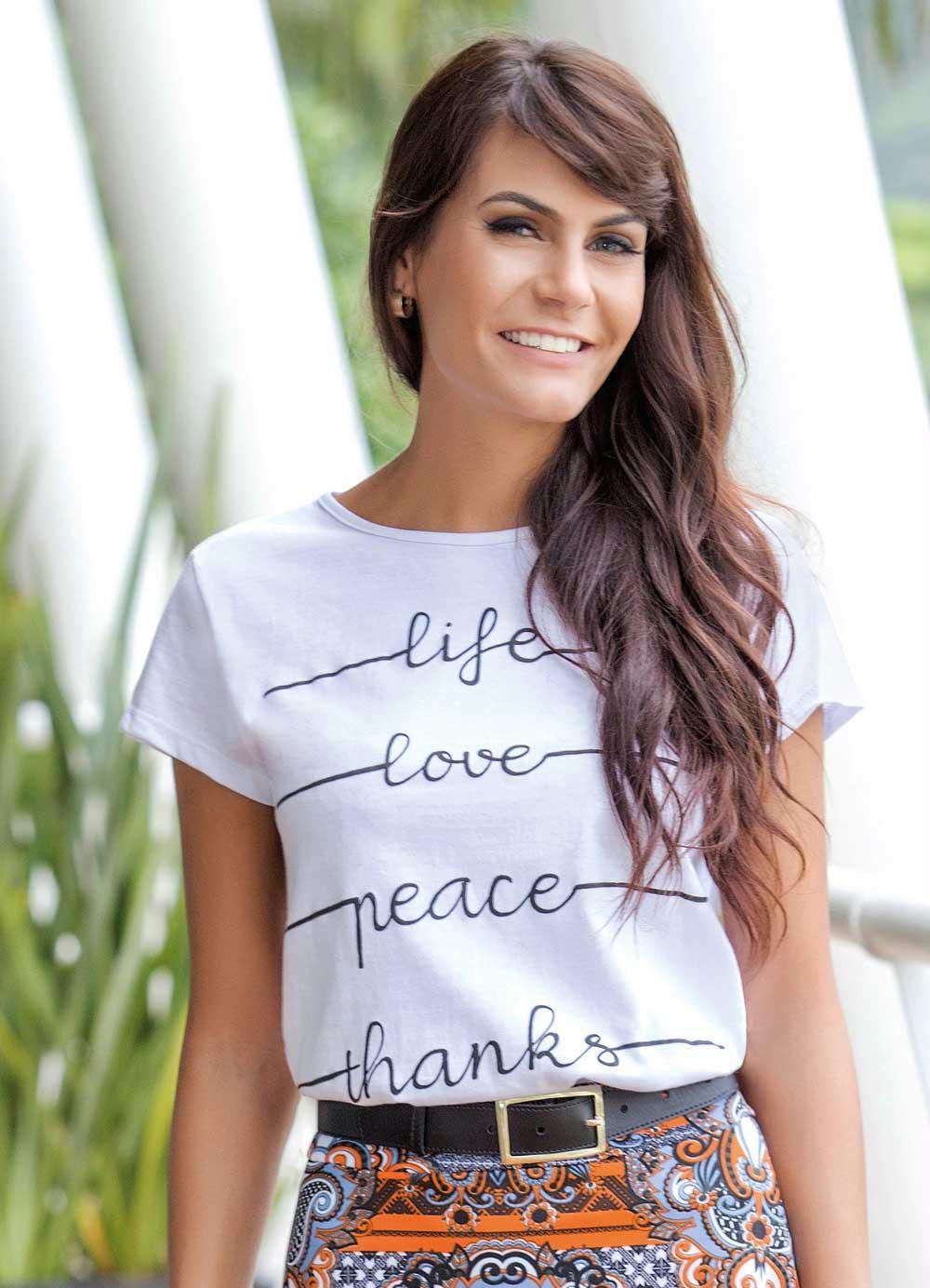 cee6ce998d Blusa com Estampa Branca Moda Evangélica - Rosalie