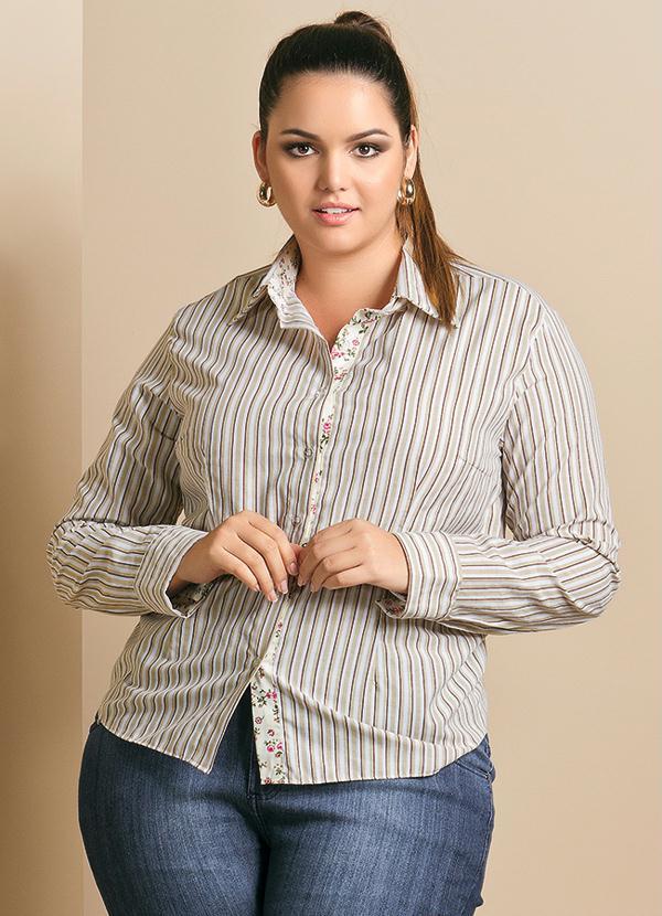 df50c75062 Camisa Feminina Plus Size Listrada - Quintess