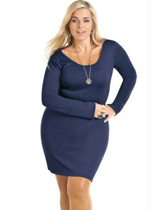 Vestido azul de manga longa