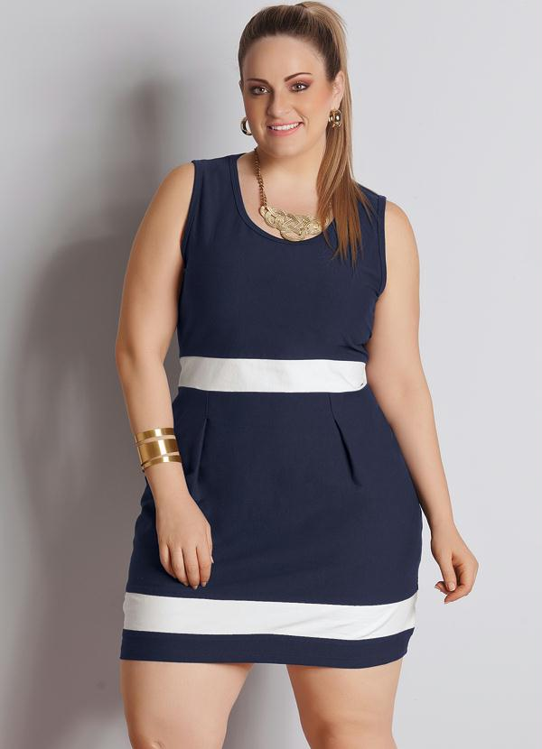 026ef67d1 Quintess - Vestido Bicolor Plus Size Azul Marinho e Branco - Quintess