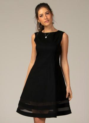 Vestido Evasê Com Transparência Preto Plus Size