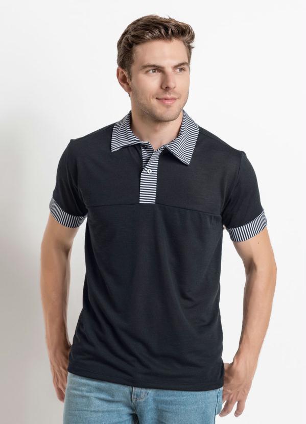 9e55f5652d76b Moda Pop - Camisa Gola Polo Preta com Recortes em Listras - Moda Pop