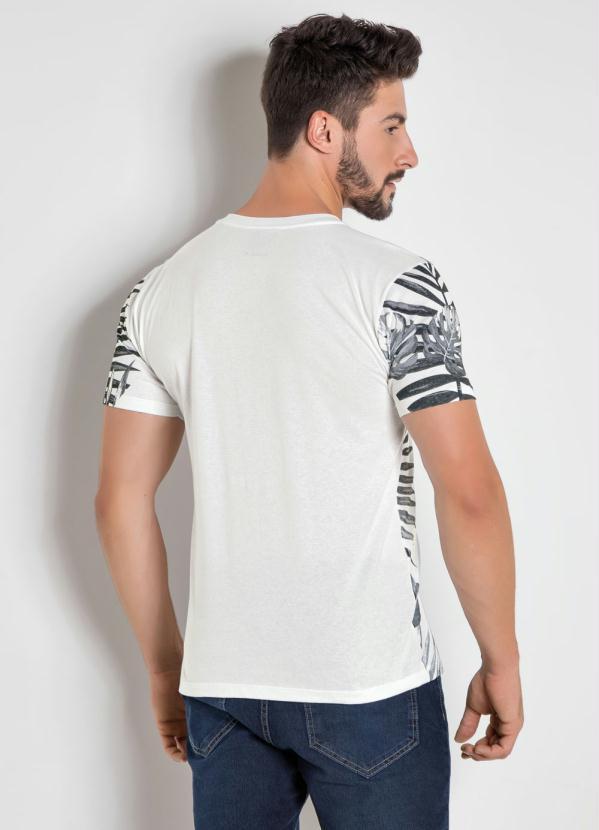 56d489392a325 Actual - Camiseta Branca com Estampa Folhagem - Actual