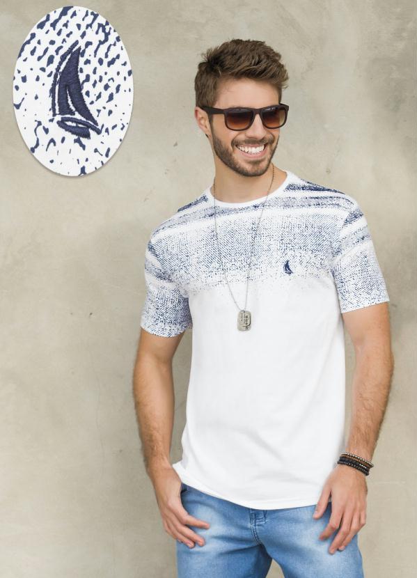 f3759c4d3de75 Other Brands - Camiseta Masculina Gola V Branco Lacoste - Other Brands