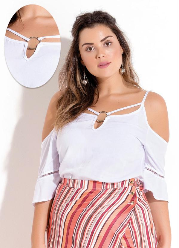 Quintess Outlet - Blusa Branca Ombros a Mostra Plus Size Quintess ... 849661ec4b24e