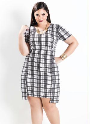 Vestido Assimétrico Xadrez Plus Size