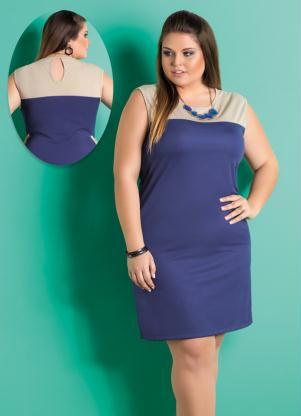 Vestido Com Recorte No Decote Marinho Plus Size