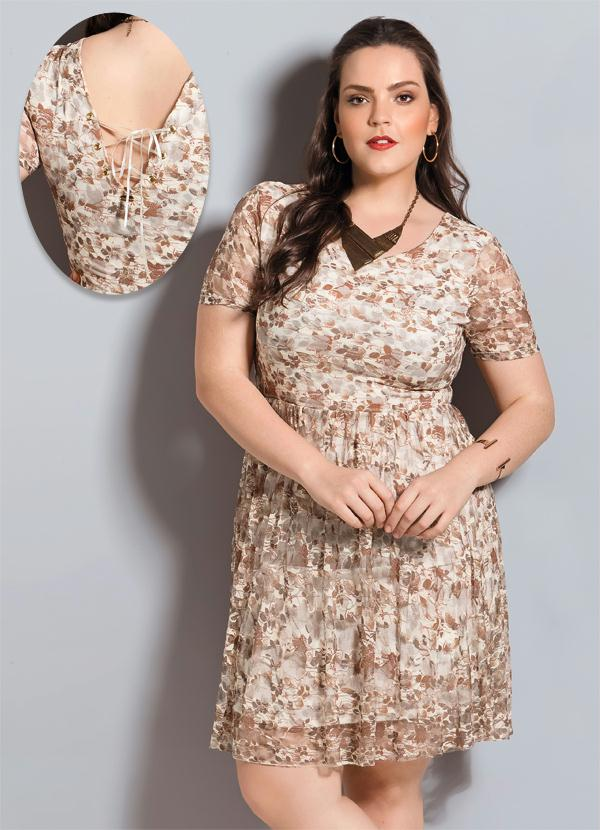 1c883b655 Quintess - Vestido de Renda Floral Quintess Plus Size - Quintess