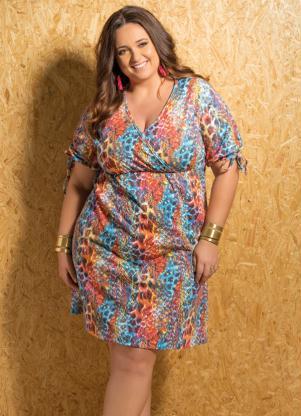 Vestido Decote Transpassado Estampado Plus Size