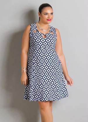 Vestido Estampa De Corações Plus Size