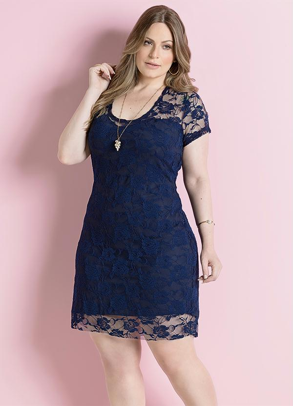 Vestido de Renda Marinho Plus Size - Quintess a5a955e94e8